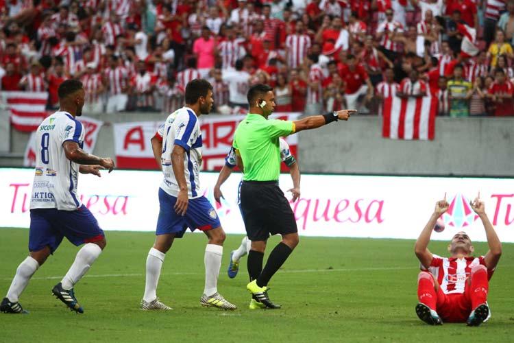 Náutico recebe maior público, vence Afogados com gol de pênalti e avança à semifinal